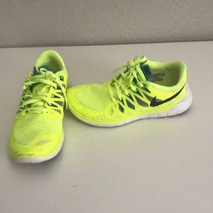 Yellow Nike free 5.0